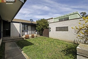 7 Fletcher Place, Page, ACT 2614