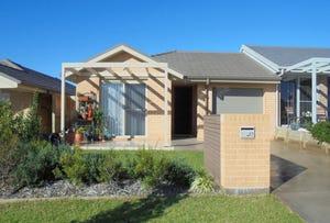 27 Churchill Circuit, Barrack Heights, NSW 2528
