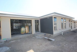 Villa 2/60 Lord Street, Laurieton, NSW 2443