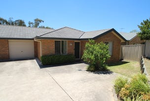 2/27 Deans Avenue, Singleton, NSW 2330