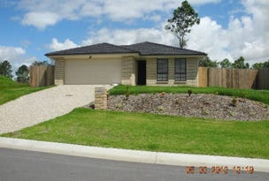 35 Walnut Crescent, Lowood, Qld 4311