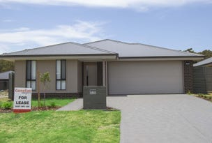12 Apple St, Fern Bay, NSW 2295