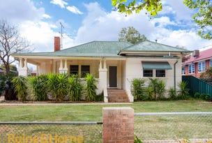 9 Halloran Street, Turvey Park, NSW 2650