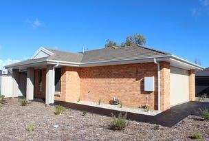 15 Brookfields  Mews, Lavington, NSW 2641