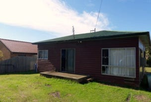 32 Glanville Rd, Sussex Inlet, NSW 2540