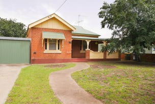 19 Young Road, Cowra, NSW 2794