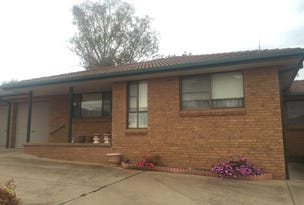 UNIT 4 59 WHITELEY STREET, Wellington, NSW 2820