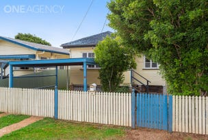 54 Collins Street, Woody Point, Qld 4019