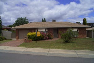2/19 Pinaroo Court, Strathdale, Vic 3550