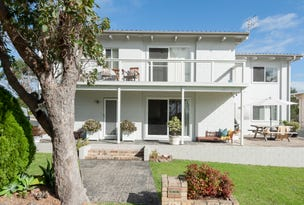 1 & 2, 105 Bannister Head Road, Mollymook Beach, NSW 2539
