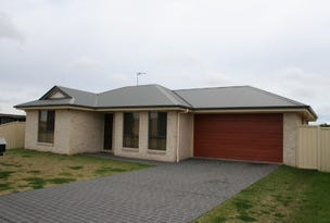 33 Berghofer Drive, Oakey, Qld 4401
