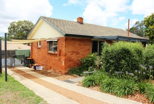 10 Ossa Place, Lyons, ACT 2606