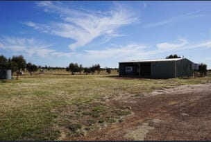 702-703 Soldiers Road, Narembeen, WA 6369