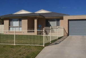 117 Raye Street, Tolland, NSW 2650