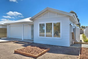 108 and 110 Steiglitz St, Ballan, Vic 3342