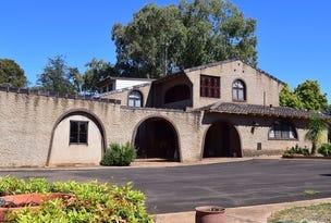 11-12 Elouera Place, Parkes, NSW 2870
