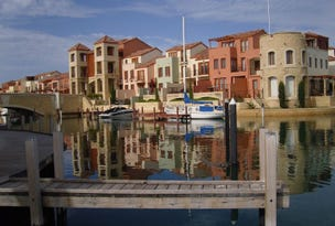 15/18 Port Quays Quay, Wannanup, WA 6210