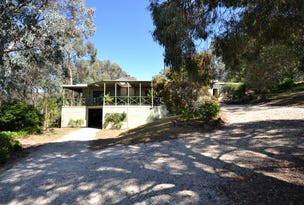 220 Ford Drive, Mansfield, Vic 3722