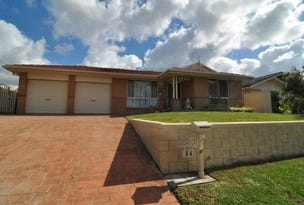 54 Whiteswan Ave, Blue Haven, NSW 2262