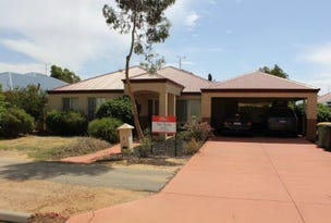 12 Golf Road, Merredin, WA 6415