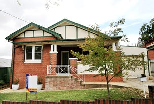 1 Young Street, Turvey Park, NSW 2650