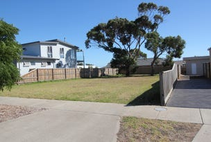 4 Silverstone Drive, Cowes, Vic 3922