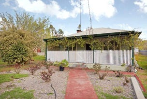 33 Mclarty Road, Dwellingup, WA 6213