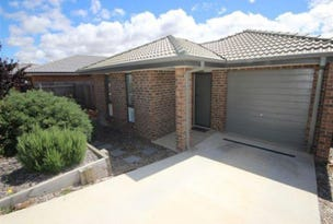 11 Pinner Place, MacGregor, ACT 2615