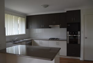 24 Dalbeattie Crescent, Dubbo, NSW 2830