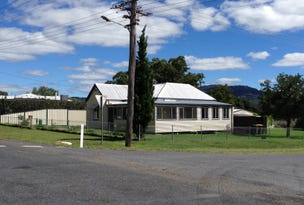 52 Logan Street, Tenterfield, NSW 2372