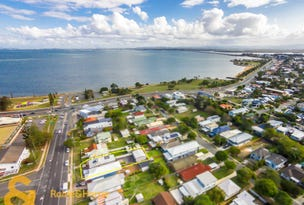 15 Victoria Avenue, Woody Point, Qld 4019