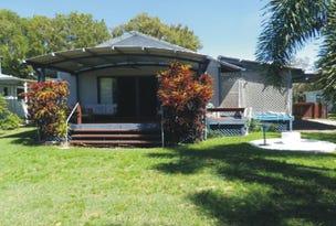 4 Dolphin Crescent, Taylors Beach, Qld 4850
