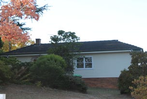 143 Blaxland Road, Wentworth Falls, NSW 2782