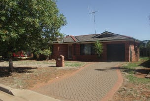 64 Best Street, Parkes, NSW 2870