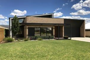 13 Cootamundra Boulevard, Gobbagombalin, NSW 2650