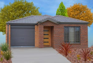 L414 Amazing New Clyde Springs, Clyde North, Vic 3978
