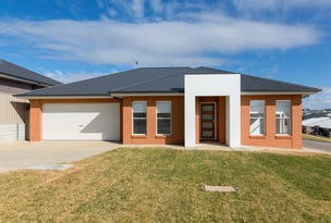 9 Warrock Place, Bourkelands, NSW 2650