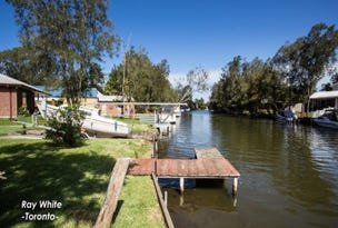 42a Macquarie Road, Fennell Bay, NSW 2283