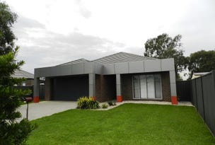 1/4 James, Sale, Vic 3850