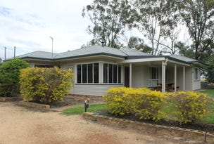 12 Crofts Road, Dalby, Qld 4405