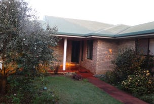 11 GINNS ROAD, Childers, Qld 4660