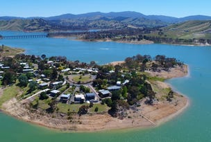 Bonnie Doon, address available on request