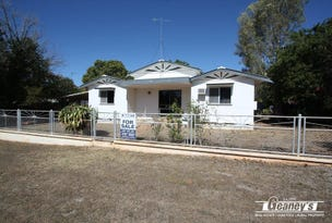 111 Hackett Terrace, Richmond Hill, Qld 4820