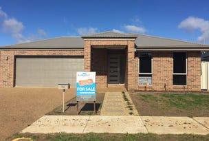 94 Cornwall Avenue, Hamilton Valley, NSW 2641