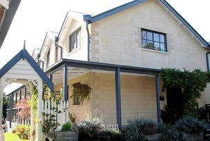 Woorarra West, address available on request