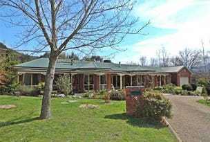 15 Walnut Grove, Bright, Vic 3741