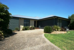 19 Norman Drive, Cowes, Vic 3922
