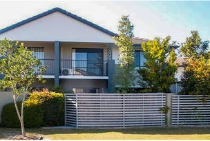 4/2 Jefferson Court, Upper Coomera, Qld 4209