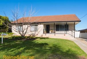 52 Nixon Cres, Tolland, NSW 2650
