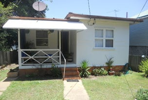 15 Alfred Street, Woody Point, Qld 4019